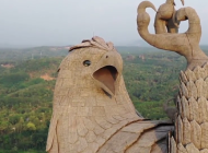 Sagradili statuu ptice visoku 70 metara